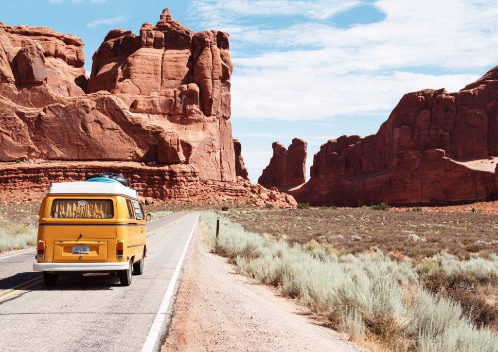Camper auf einer Straße in Amerika